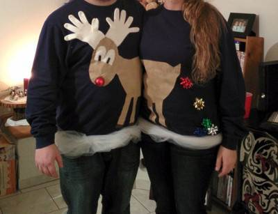 1d274907366099-reindeercouplescostume-today-inline-large_36ce6c4cdc24592e738f26570f695af9_today-inline-large